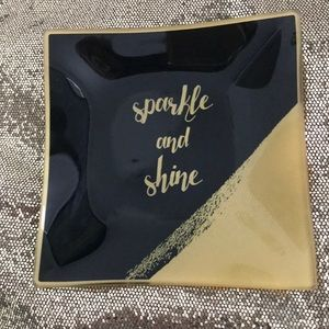 Accessories - Sparkle and Shine Trinket Dish. Approx 5x5